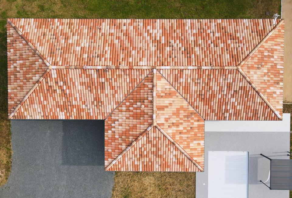 toiture de tuile toit 4 pentes